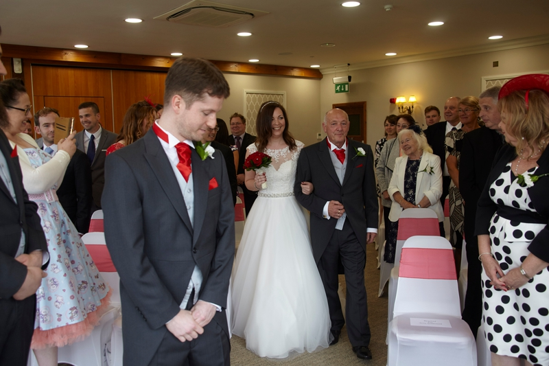 Sherryl and Richard - Hintlesham Golf Club 11